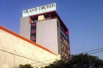 Grand Orchid Hotel Solo