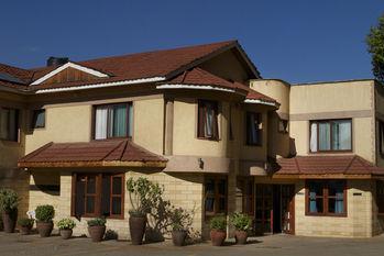 O'Sinkirri Hotel